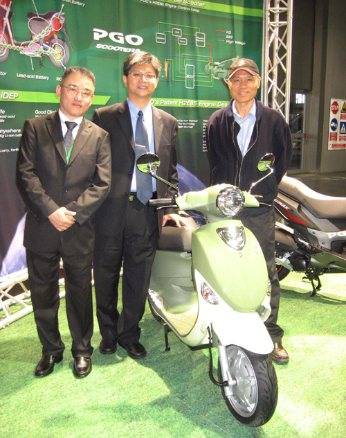 PGO unveiled the world`s first lithium-ion/lead-acid battery electric scooter.