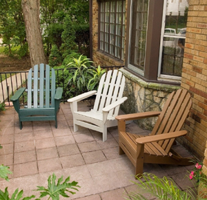 Simply-styled wooden furniture is popular for outdoor settings.