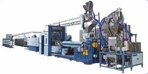 For Dah adopts imported computerized controllers to assure high-speed, high-capacity in its flat-yarn maker.