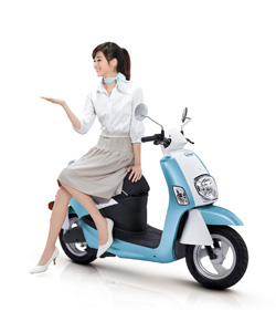 A e-scooter model pushed by CMC under GreenTrans brand.