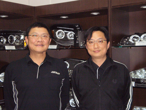Jun Yan`s CEO Eric Tsai (left) and vice president Alan Tsai are performance-tuning part enthusiasts with a close eye on market trends.