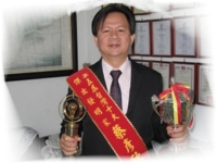 Chai Yen-hsin, professor at National Taipei University of Technology, cooperates with several lighting companies to design lighting products based on required specifications.