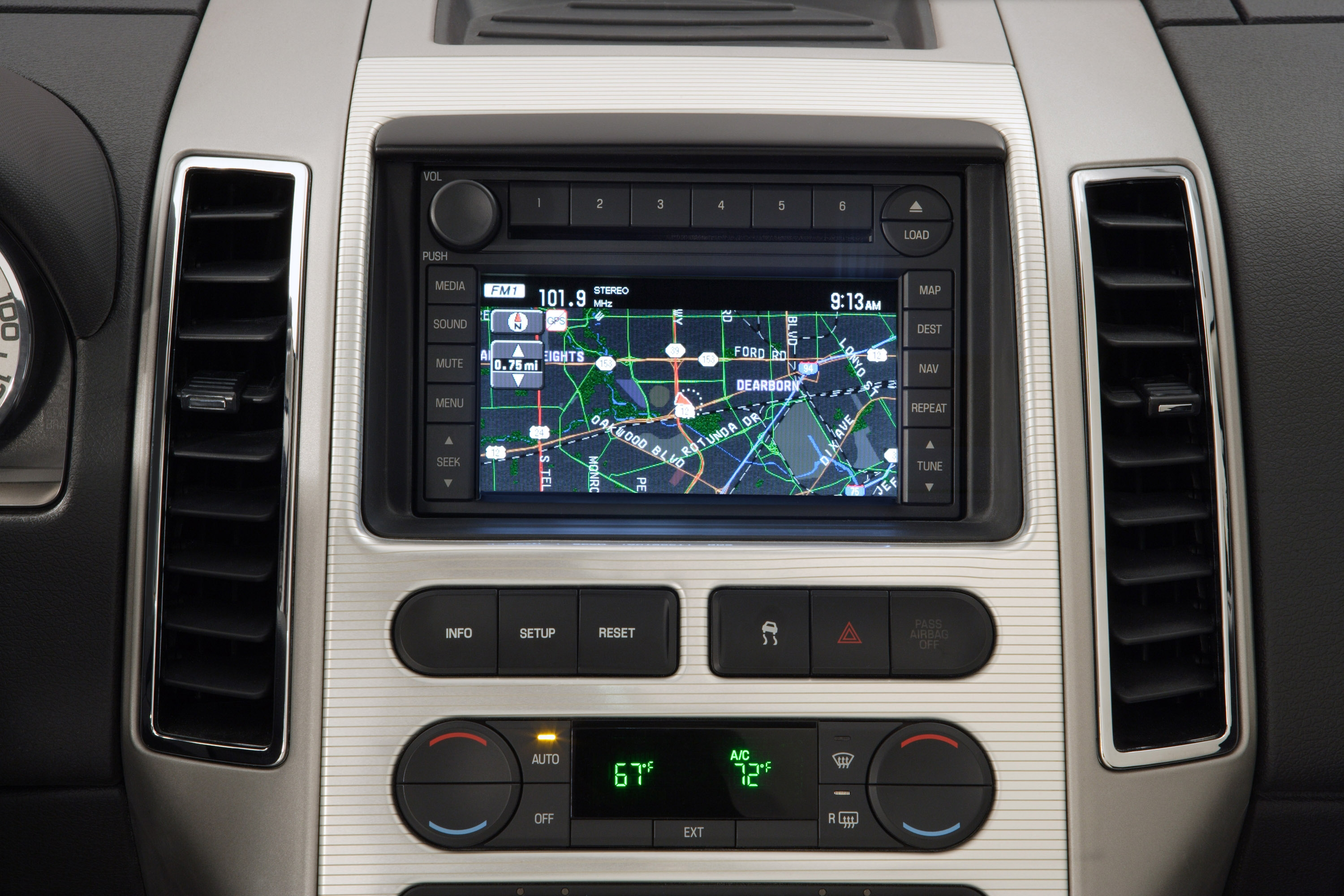 ABI Research expects the attachment of embedded in-dash factory- installed navigation units to increase from 22% in 2013 to 38% by 2019. (photo from Ford Motor)