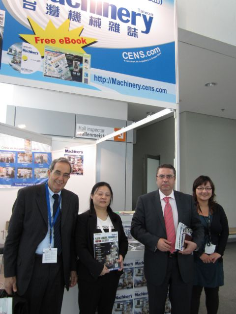Foreign buyers gave high accolades to CENS publications
