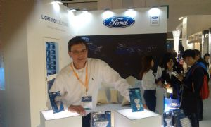 SKN Managing Director Frank Kauer and Ford-branded lamps.