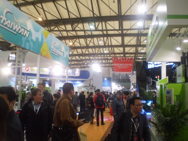 The Taiwan Pavilion at ChinaPlas 2014 was packed with international buyers sourcing high-performance plastic processing machinery.