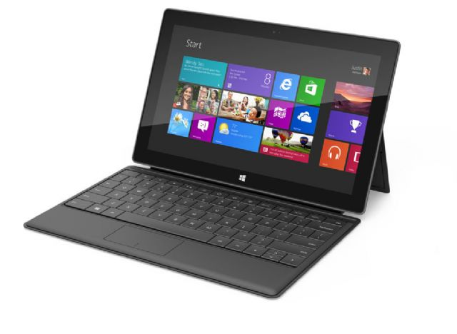 The Microsoft Surface RT, a multifunctional tablet, or notebook PC (photo from Internet)
