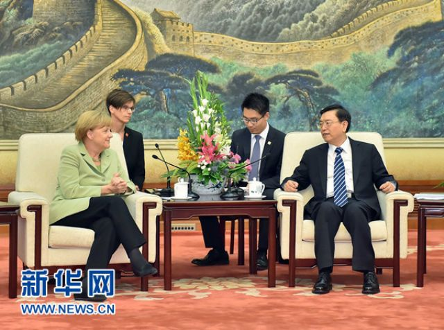 China and Germany reached an agreement on cooperation in the field of electric vehicles during German Chancellor Angela Merkel's visit to China in July.