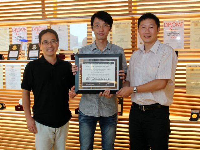 "ARTC engineers (from left) Hsu Wei-chan, Su Yi-fong, and Lee Ming-hung won the ""Best Technical Paper-Asia Pacific"" in the 2014 ITS World Congress Best Paper Award contest. (photo courtesy ARTC)"