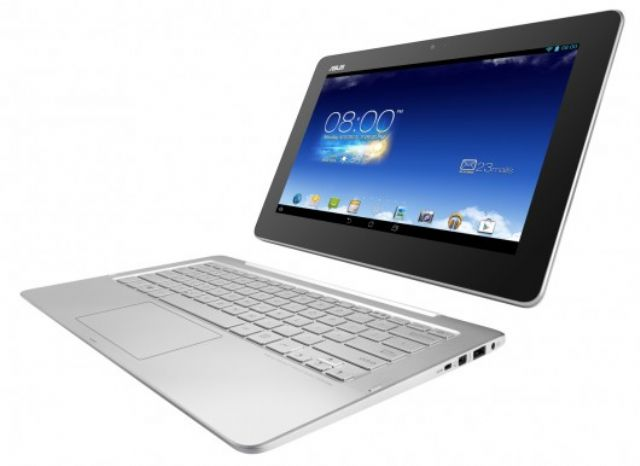 A two-in-one or hybrid notebook PC which may help ramp up business notebook shipments in 2015. (photo from Internet)
