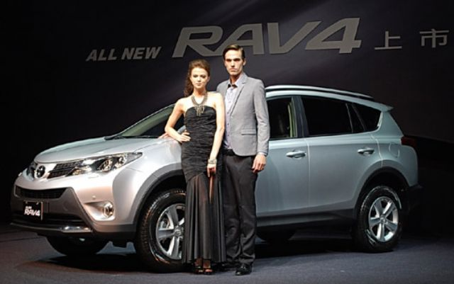 Hot sales of imported Toyota RAV4 SUVs have encouraged local agent Hotai to introduce more such models to the Taiwan market. (photo courtesy UDN)