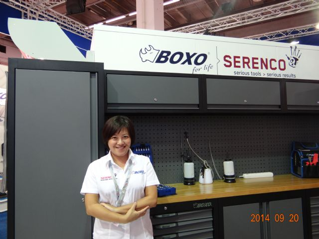 Machan marketing manager Jessy Chang, is upbeat after the positive results of the company's BOXO lineup display with the Netherlands-based Serenco.