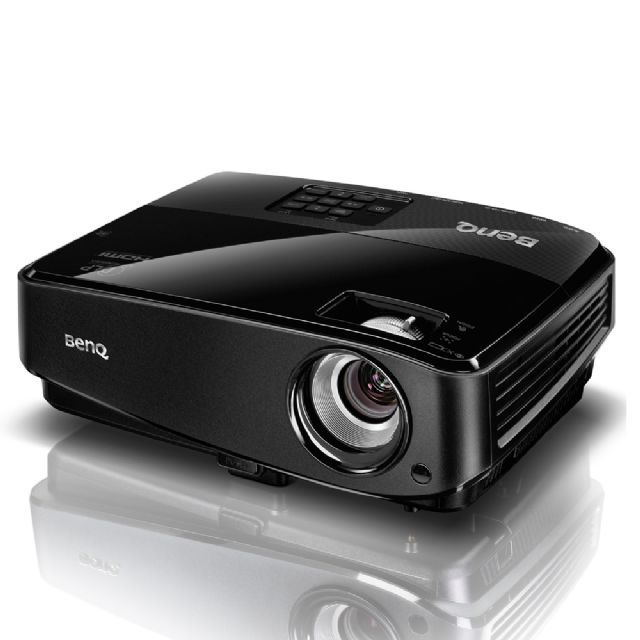 A high-end projector model made by Taiwanese company BenQ, the world's largest supplier of DLP projectors and No. 2 in overall shipments. (photo from UDN)