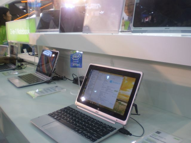 MOEA points to weakening demand for laptops as main dampener of  Taiwanese retail and wholesale sectors in December.