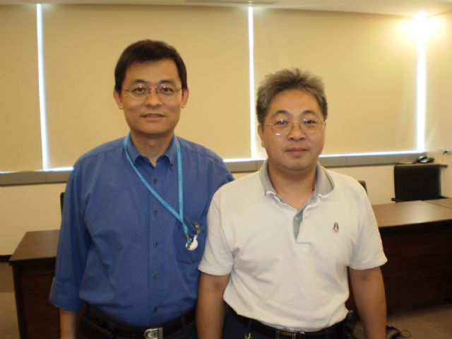 Chen Chang-hsiung, product manager of Intelligent Machinery Technology Division of ITRI's Mechanical and Systems Research Laboratories, (left) and Cho Chih-hua, ITRI's senior researcher and a member of Chen's team, (right)
