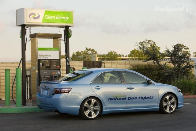 Navigant Research also forecasts that sales of NGVs are expected to grow from 2.3 million annually in 2014 to 3.9 million by 2024. (photo from Internet)