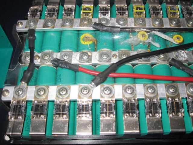 DOSBAS battery safety system with 18,650 cells that was invented by Pihsiang's chairman Wu.