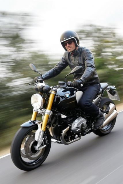 The BMW R nineT triggered a retro fashion trend in the global motorcycle market with its debut in 2013. (Photo from BMW)