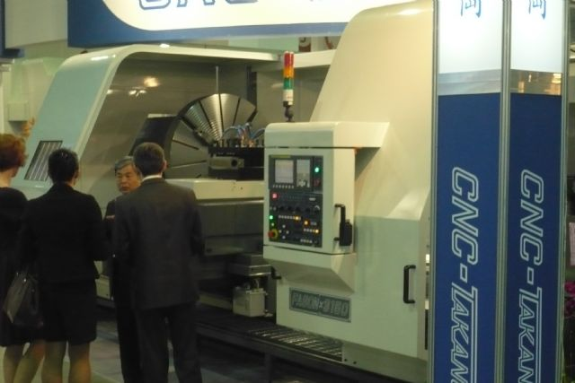 Taiwan's machinery and machine-tool makers forecast for 10% rise in exports in 2015.