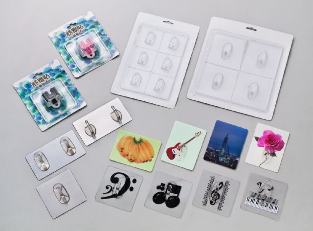 Chein Ying's self-adhesive hooks are available in customized patterns, motifs and colors.