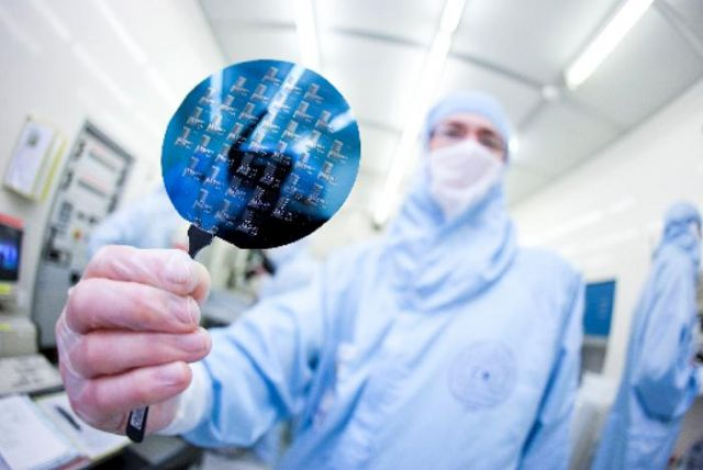 Semiconductor production was the growth locomotive for Taiwan's overall industrial output in March (photo courtesy of UDN.com).