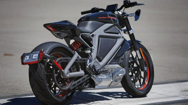 Navigant says that growing interest from large manufacturers and decreasing battery costs offer an opportunity to drastically change the current market landscape for electric motorcycles and electric scooters. (Photo from the internet: A Harley Davidson e-motorcycle)