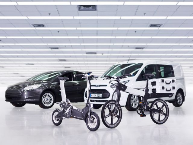 """Ford early this year announced the """"Ford Smart Mobility""""—a plan to use innovation to take Ford to the next level in connectivity, mobility, autonomous vehicles, customer experience and big data. (photo from Ford)"""