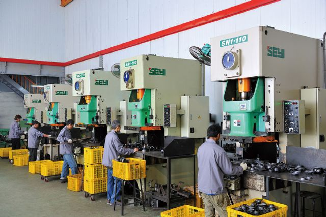 Production line at Diterna's modern and integrated factory in Taiwan.