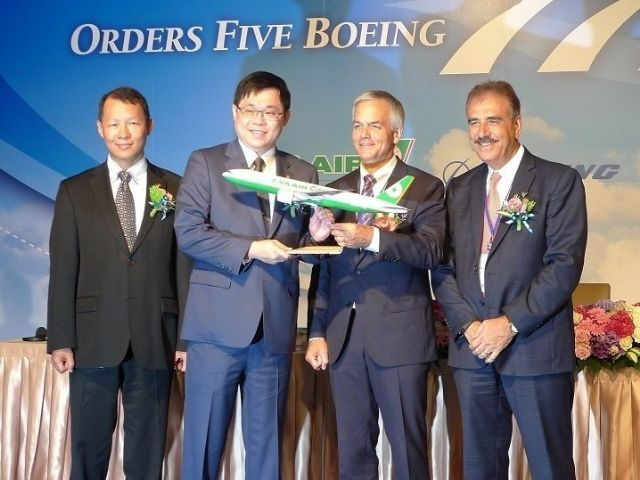 EVA Airways just finalized in late July with Boeing a firm order for five 777 freighters with GE engines. (photo from UDN)