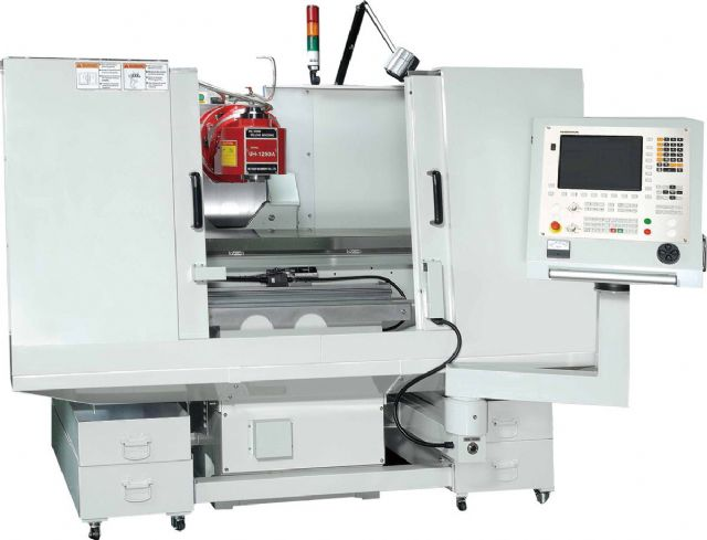 A bed-type milling machine from Ho Chun.
