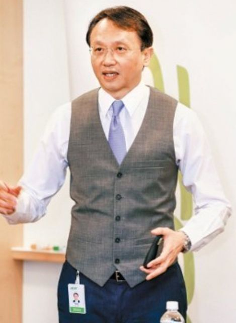 Jason Chen, CEO of Taiwanese PC vendor Acer, targets transforming the firm into an integrated provider of hardware, software, and services. (photo from UDN)
