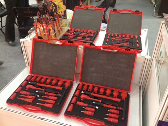 Mytools's VDE-certified insulated tool set.