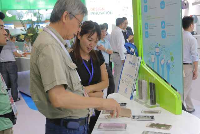 Nore than 3,200 companies from over 40 countries  will be displaying latest technologies and materials at ChinaPlas 2016, many of which have direct application in the E&E industry.
