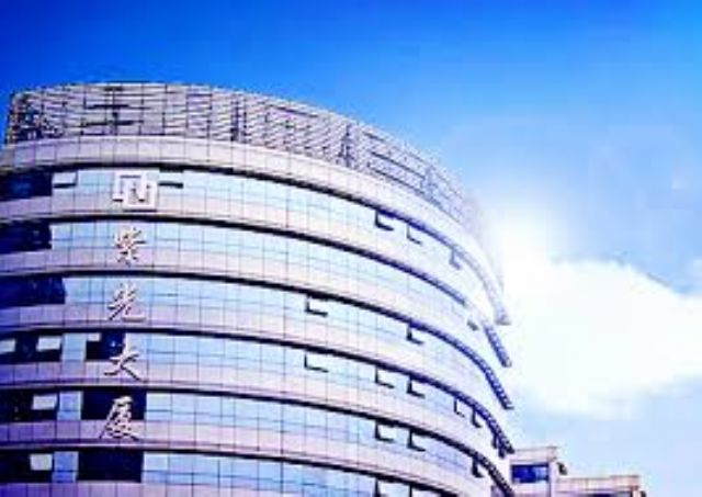 Tsinghua Unigroup is aggressively buying into Taiwan's semiconductor industry.
