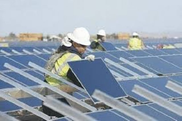 Suring orders prompt Taiwan's PV makers to add work shifts during Chinese New Year break.