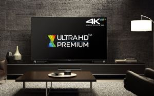 An Ultra HD Premium TV set unveiled by Panasonic. (photo from Internet)