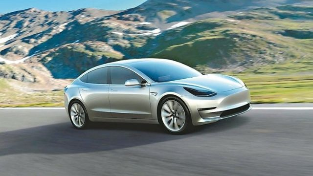 Strong pre-orders for Tesla's Model 3 electric sports sedan drive Taiwan's Hota to seek a location in the U.S. to build new capacity for the customer (photo courtesy of UDN.com).