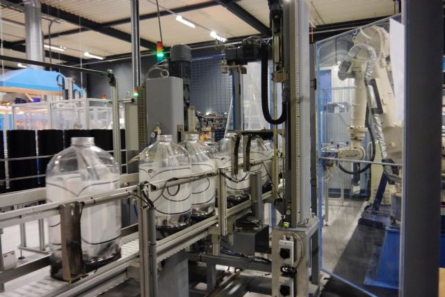 Lightweight Containers' new KeyKeg production line in Germany (photo courtesy of Lightweight Container).