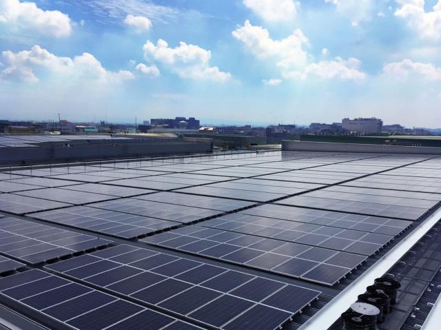 友達台南廠3.8MW屋頂型電廠將於11月底完成併網.友達/提供