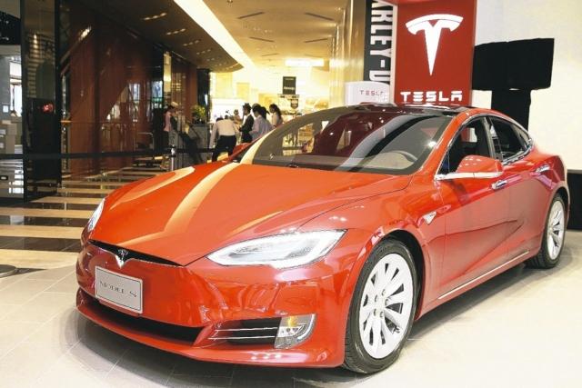 和大供貨特斯拉;圖為特斯拉發表新款電動車。 聯合報系資料照