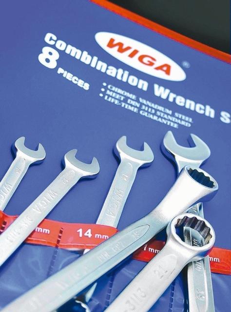 永啟豐實業自有品牌WIGA的開口扳手、梅花扳手。 業者/提供