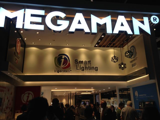 In MEGAMAN's booth, various smart lighting solutions were demonstrated to capture visitors' attention.