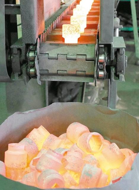勇達公司廠內鍛造加工生產工業級、高品質的手動、氣動工具。 勇達公司/提供