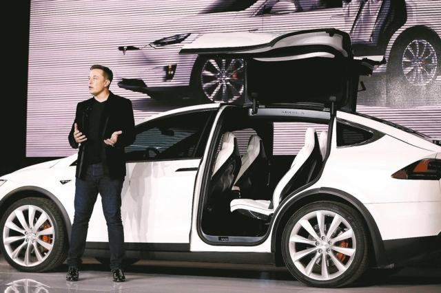 特斯拉將出售20億美元股票,以滿足目前超過37萬筆的Model 3訂單。 路透