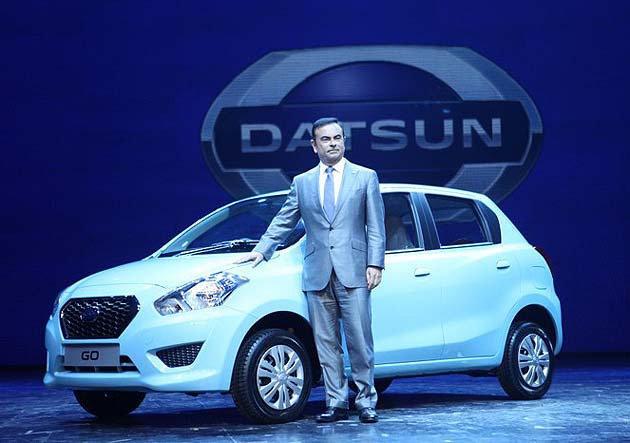 Nissan CEO Carlos Ghosn親自到印度發表Go。 Nissan