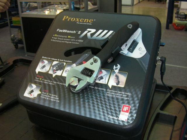 Proxene's RW series ratcheting adjustable wrench.