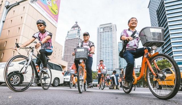 經濟部統計處公布台灣自行車與零件在海外市占率,於英國、德國、荷蘭、大陸都位居第一。 聯合報系資料照