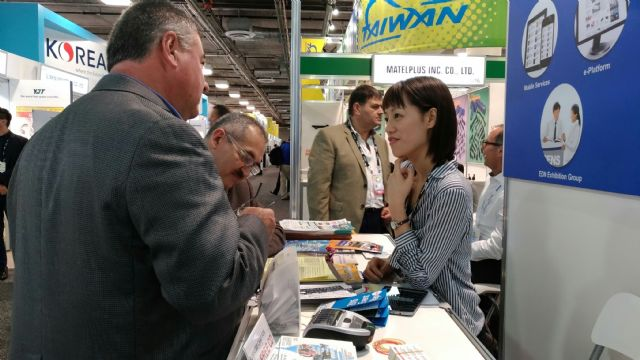 CENS's sourcing guides were popular with buyers at the exhibition.