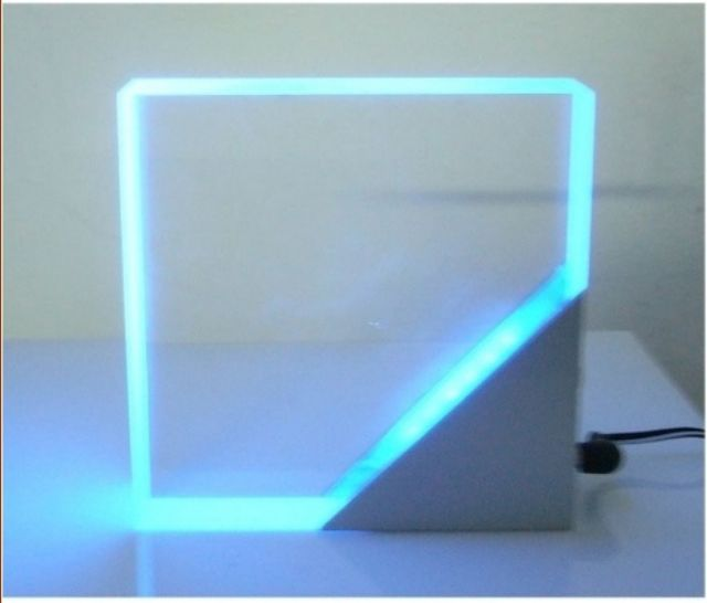Winlites' stylish LED table lamp.