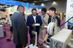 Hong Kong International Printing & Packaging Fair has earned a high reputation among global buyers as an effective, one-stop business platform for such industries (photo courtesy of HKTDC).